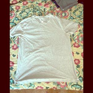 Lululemon T-shirt euc fits like a Large unisex
